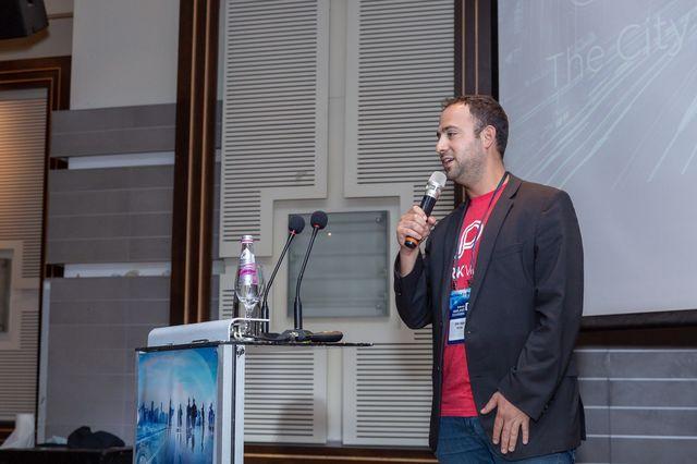 אילן תבור, סגן נשיא לפיתוח עסקי חברת ארייב ARRIVE - בפאנל בנושא החניון בעשור הבא המודל לניהול יעיל וחכם של חניונים_640x426
